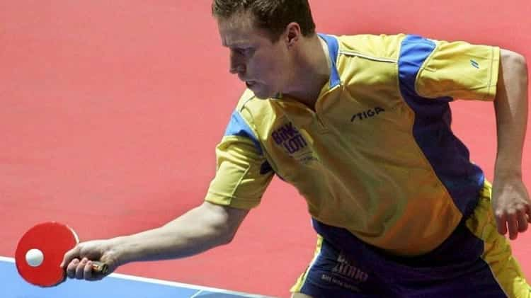 WHAT WAS JAN-OVE PLAYING STYLE?